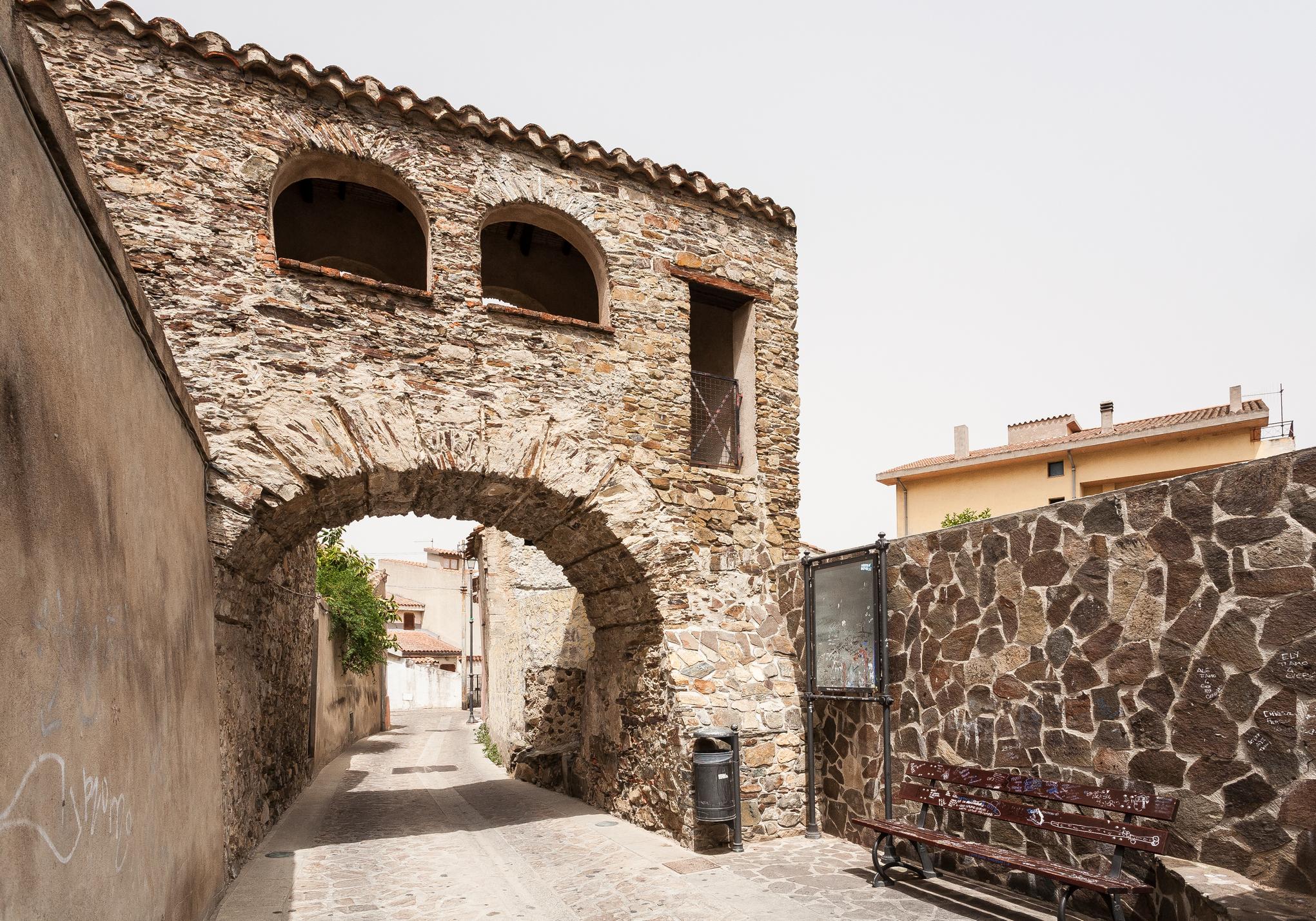 Muravera sardegnaturismo sito ufficiale del turismo for Porticos sa