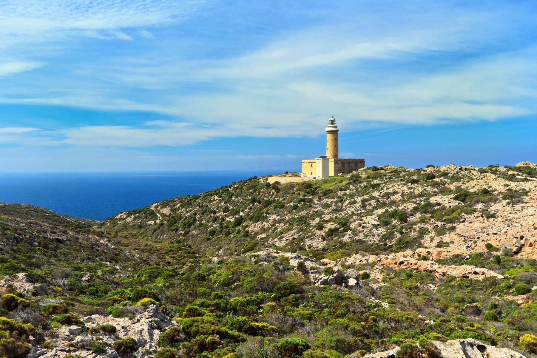 San pietro sardegnaturismo sito ufficiale del turismo della faro isola san pietro sciox Gallery