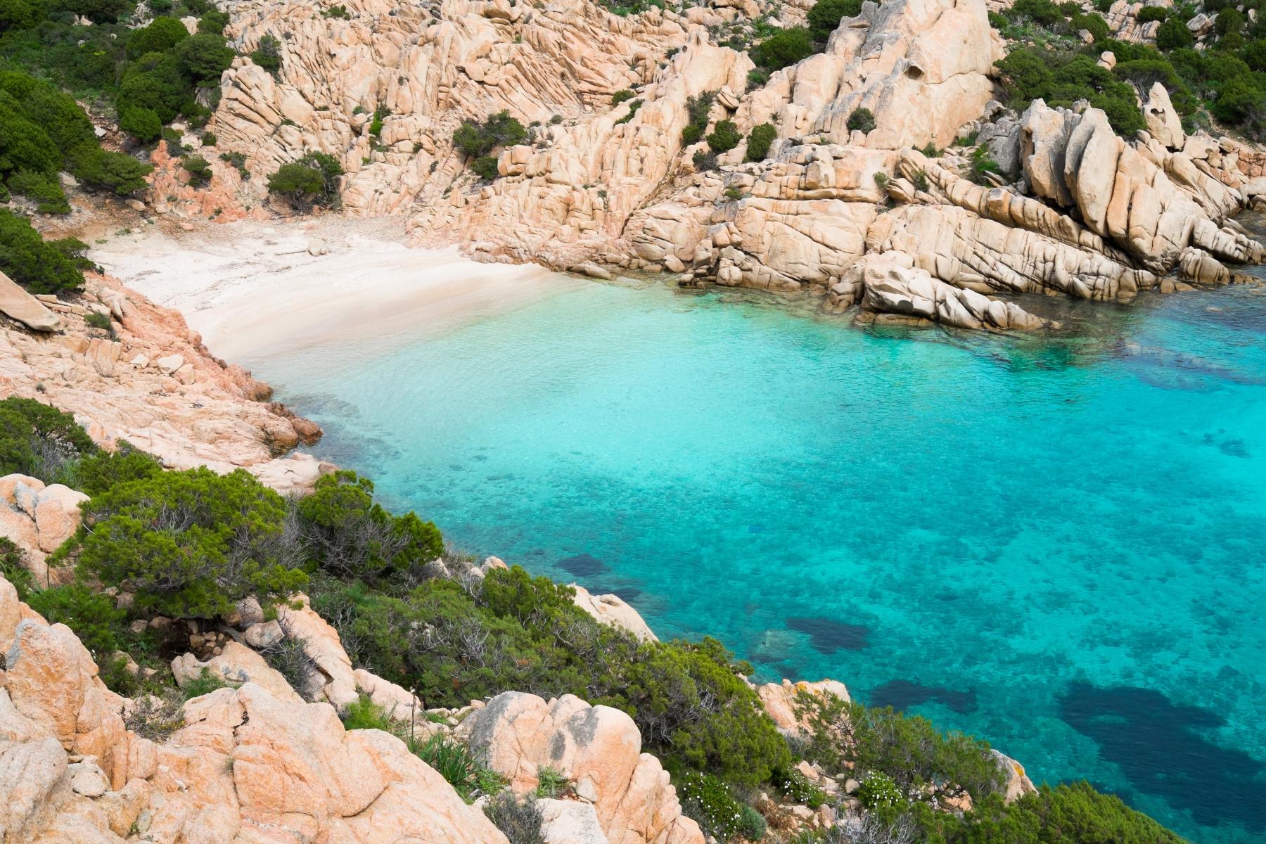 Cala Coticcio   SardegnaTurismo - Sito ufficiale del turismo della Regione Sardegna