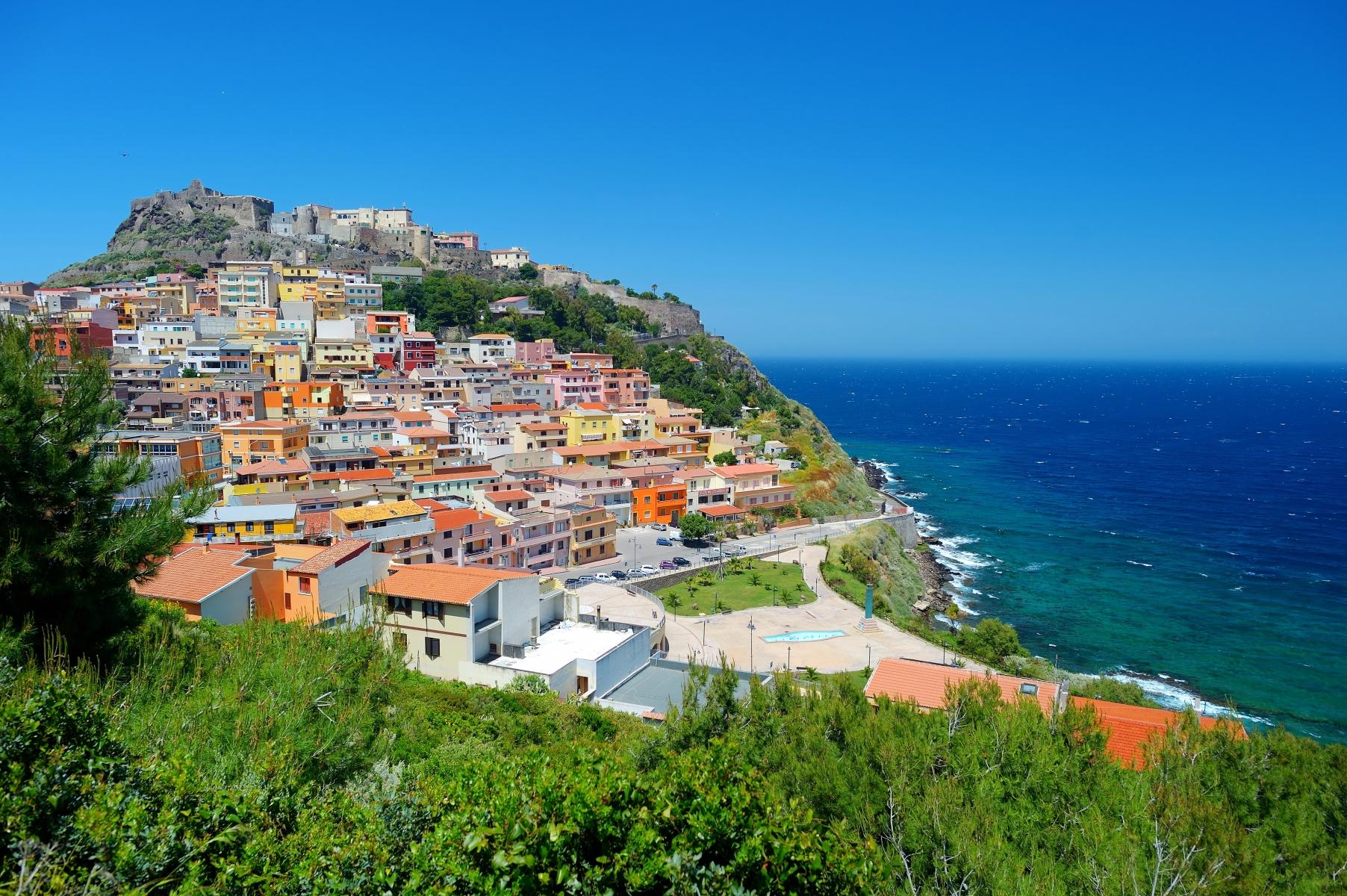 Noleggiare un auto in Sardegna a basso costo