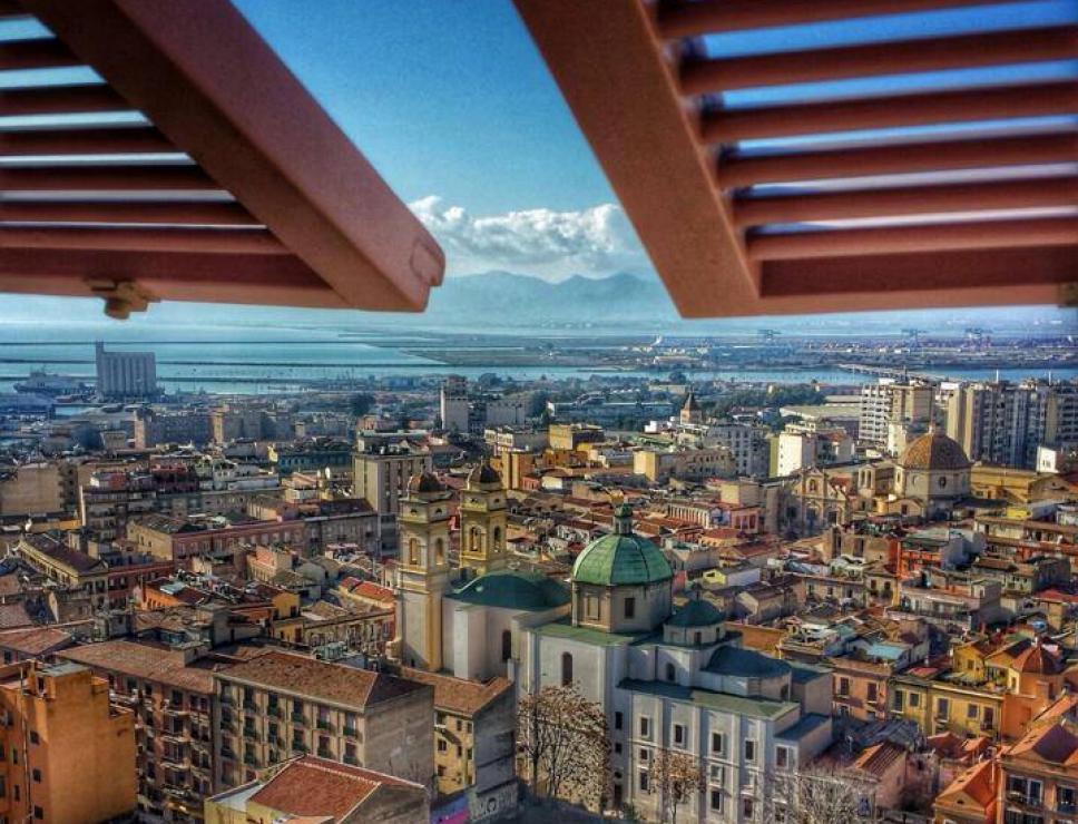 Panorama visto da palazzo in Castello - Cagliari