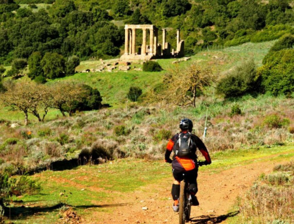 Biker al tempio di Antas_Fluminimaggiore
