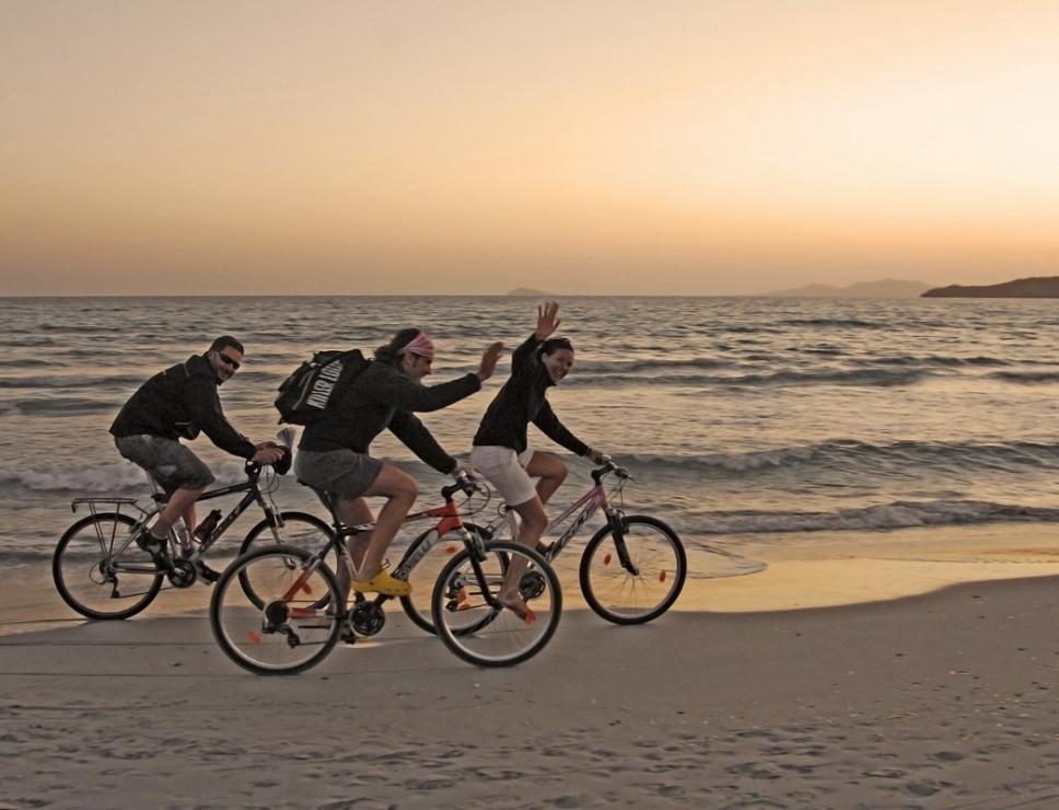 Bikers al tramonto a Porto Pino_Sant'Anna Arresi