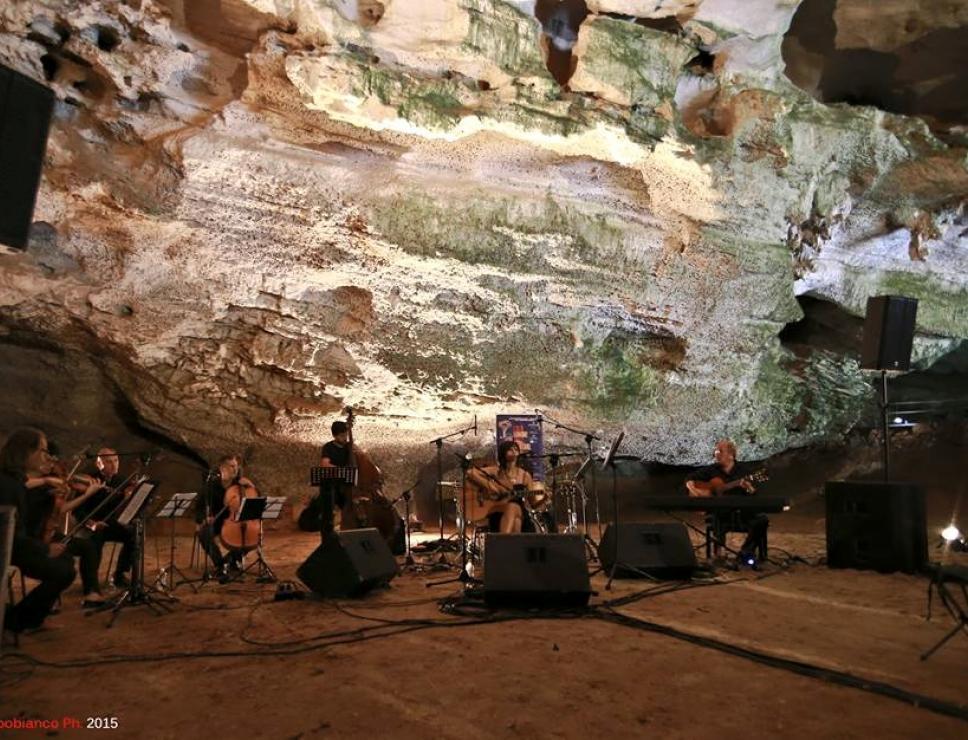 Cala Gonone Jazz 2015 - concerto nelle Grotte del bue marino