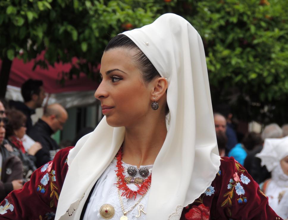 cavalcata sarda_abito tradizionale