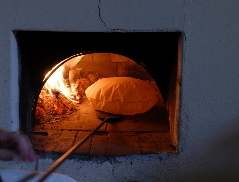 Cottura del pane carasau