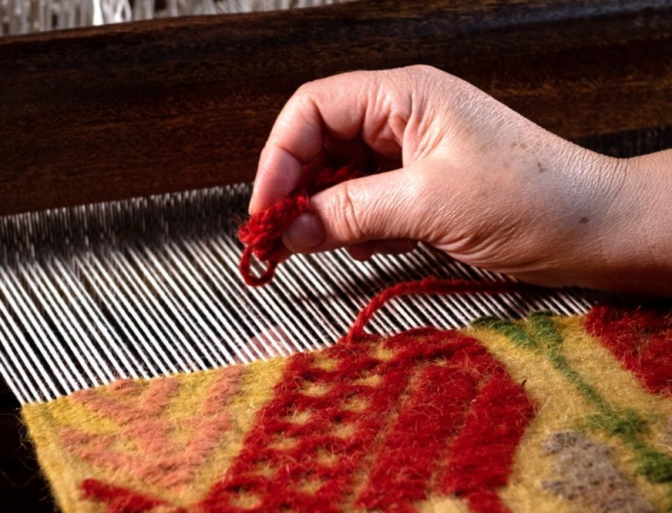 lavorazione di un tappeto