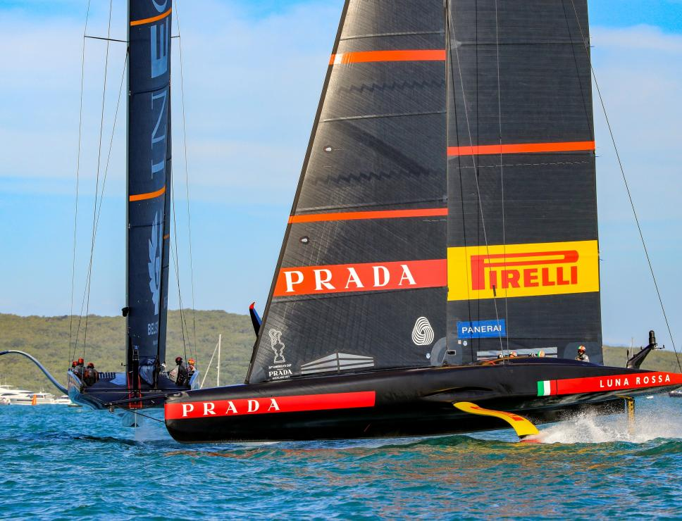 Luna Rossa in regata nella Prada Cup - Auckland 2021