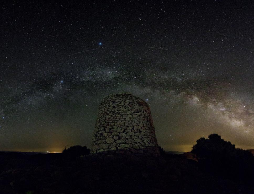 Cielo sopra il nuraghe - Goni