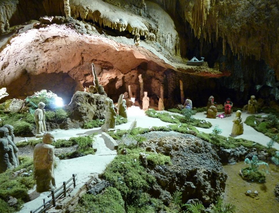 Grotte is Zuddas, presepe