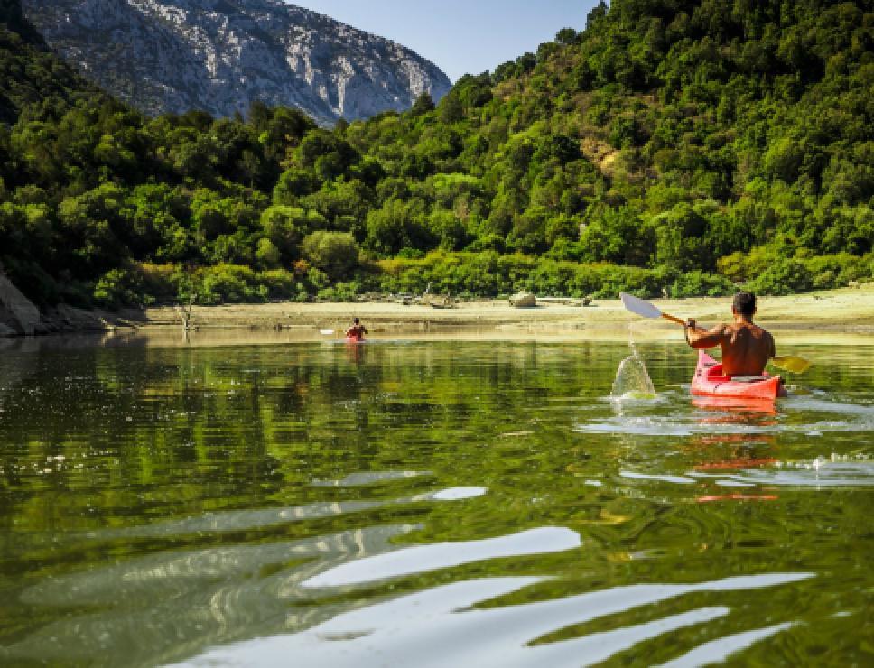 Canoa sul Cedrino