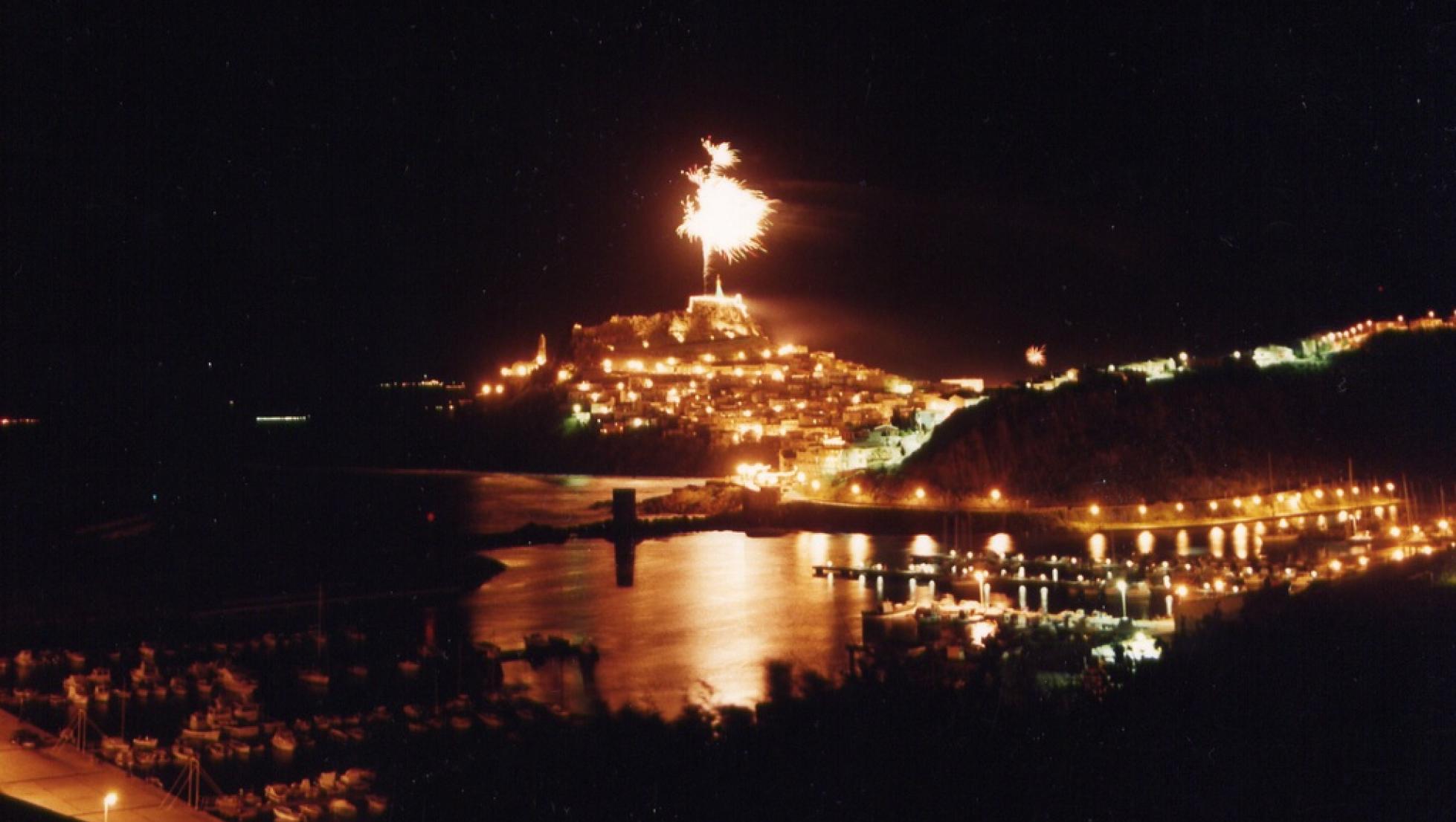Capodanno, fuochi d'artificio - Castelsardo