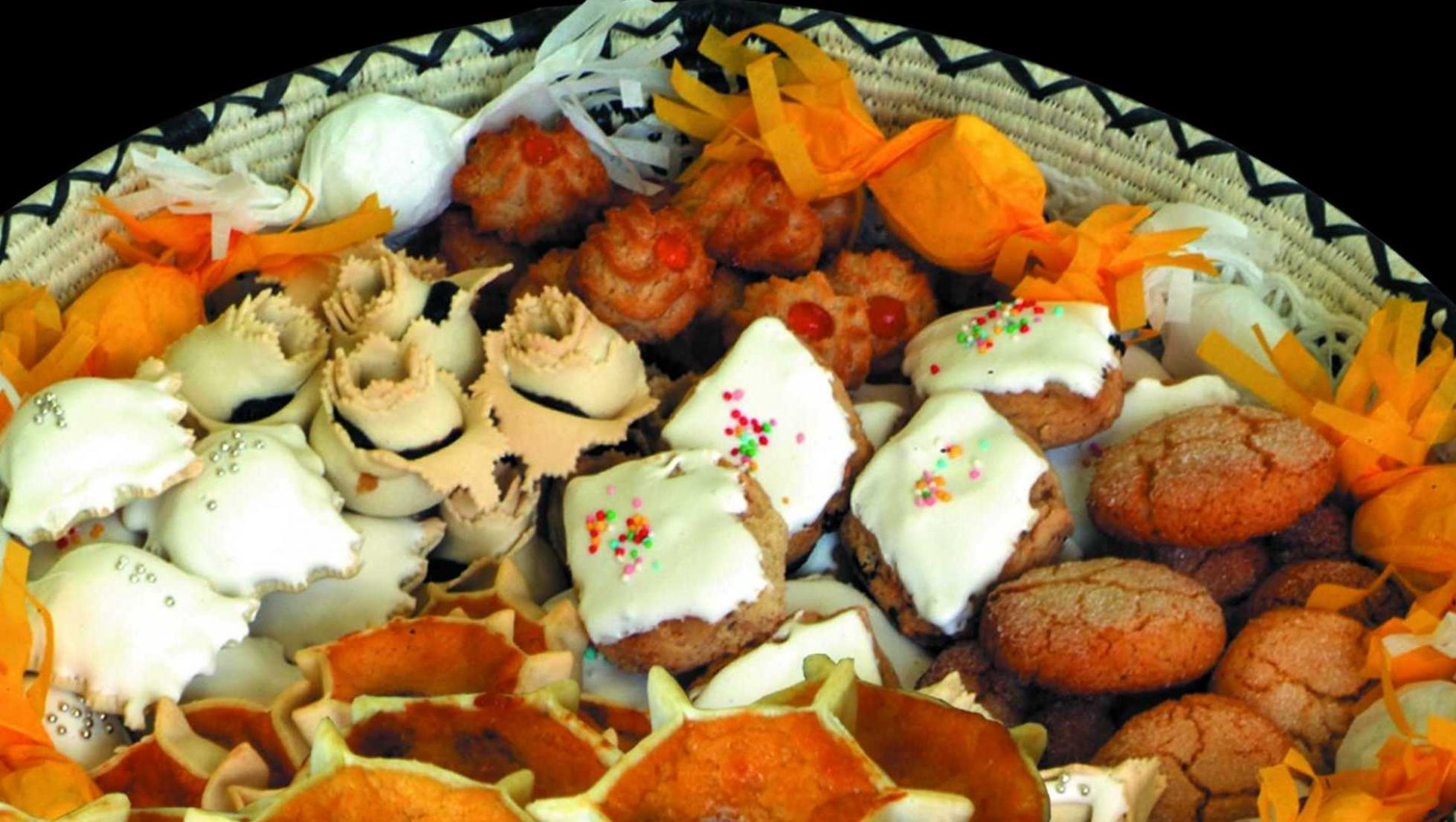 Cesto di dolci tradizionali