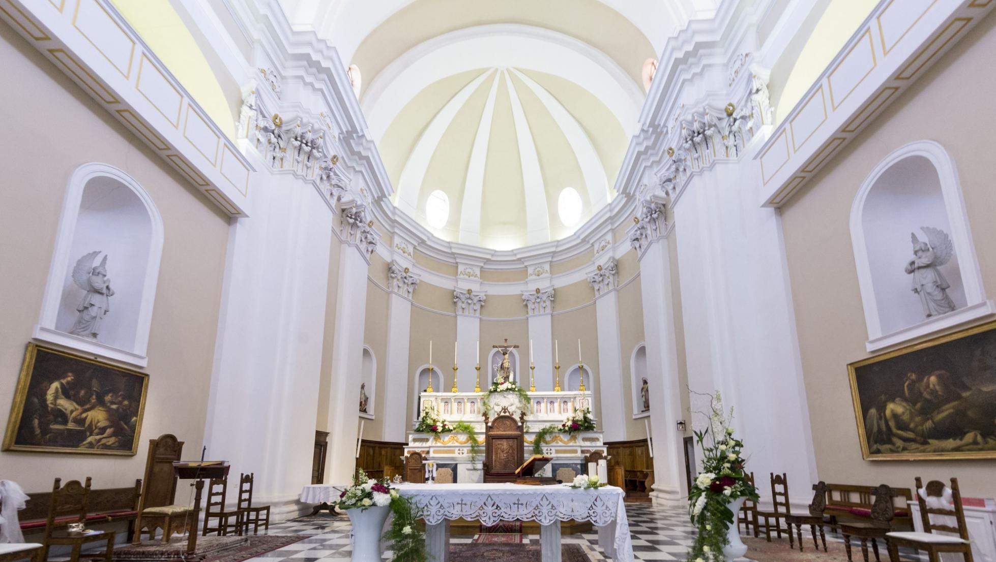 Cattedrale santa Maria della Neve, interno  - Nuoro