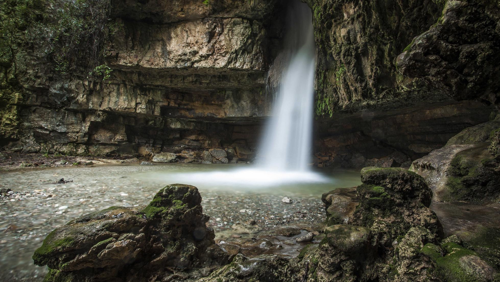 Su Stampu de su Turrunu, cascata