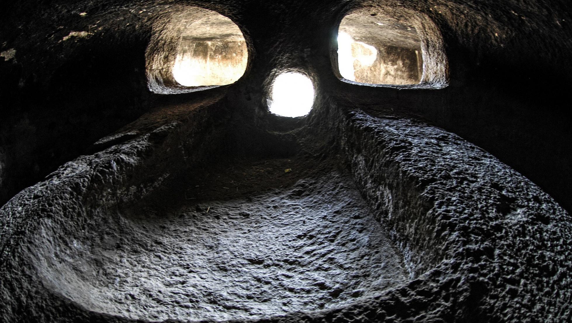 necropoli a domnus de Janas di Montessu