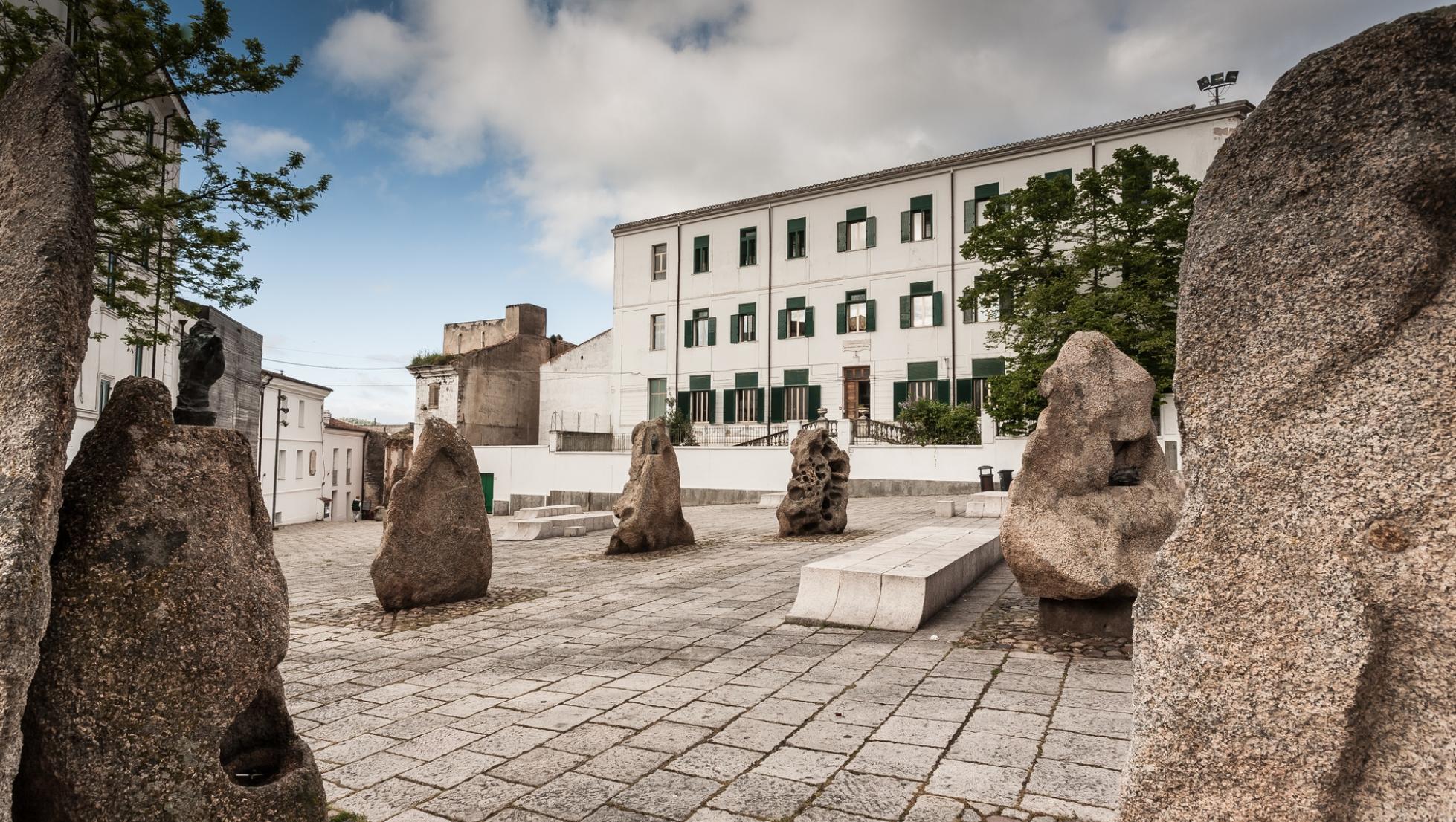 Piazza del poeta - Nuoro