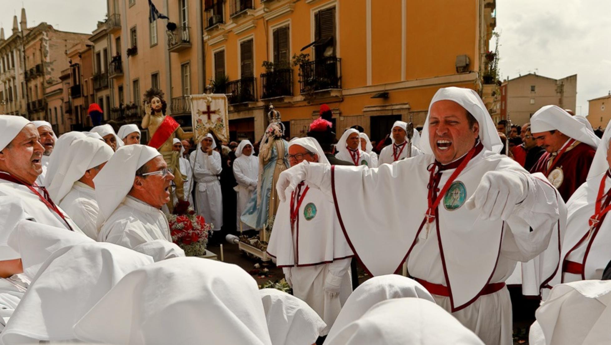 pasqua_processione_s_incontru_arciconfraternita_ss_crocifisso