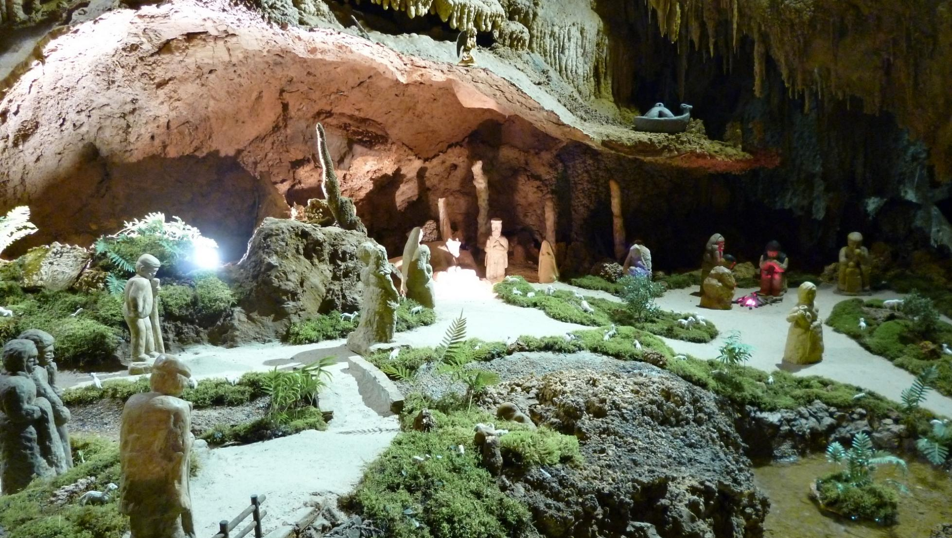 Grotte is Zuddas, presepe
