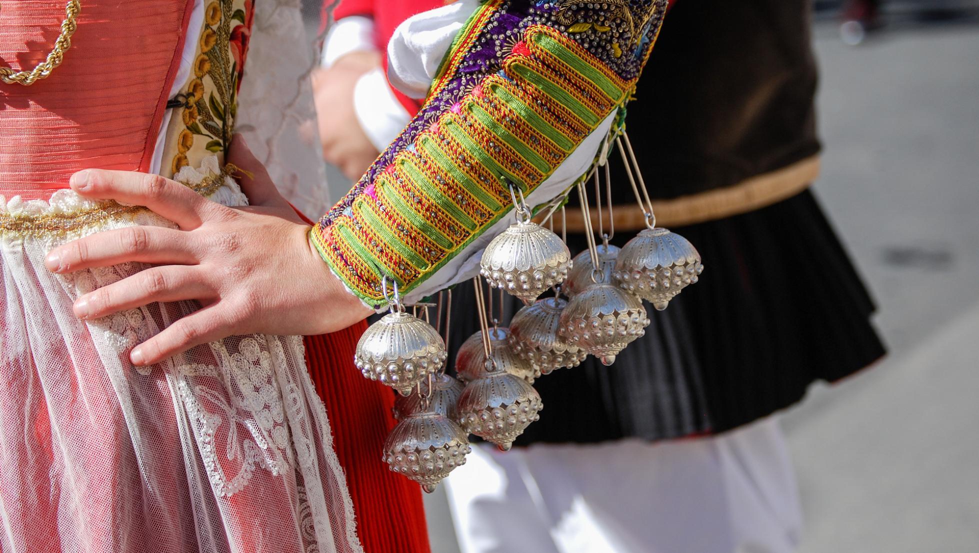 Dettaglio abito tradizionale di Ittiri