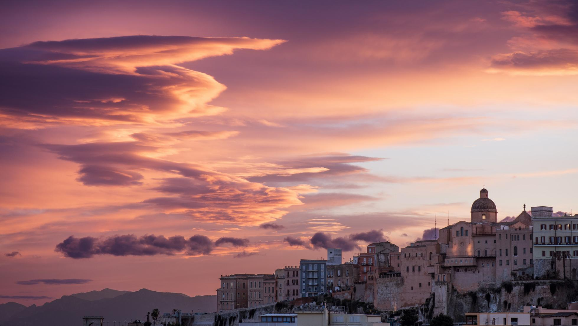 Cagliari, Castello al tramonto