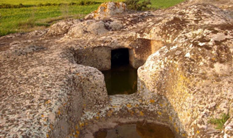 Pimentel, domus de janas di S'Acqua Salida