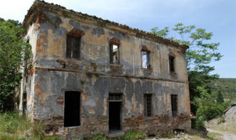 San Vito, edificio dismesso della miniera di Monte Narba