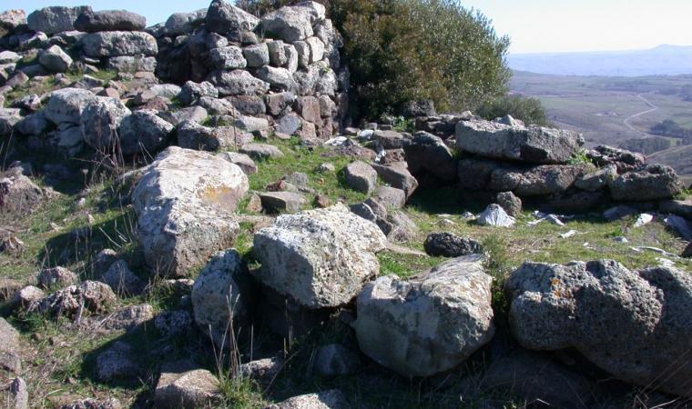 Nuraghe Concali - Collinas; Nuraghe Concali, Collinas; Collinas, Nuraghe Concali