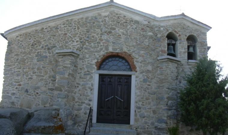 Lodine, Chiesa di San Giorgio Martire; Church of San Giorgio Martire, Lodine