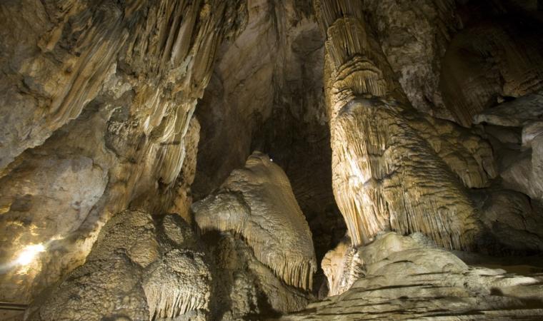 Ulassai,_Grotta_Su_Marmuri