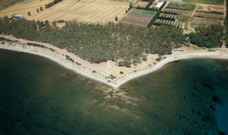 Santa Margherita di Pula, spiaggia di Cala d'Ostia; The beach of Cala d'Ostia, Santa Margherita di Pula