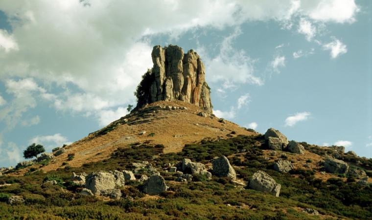 "Perda 'e Liana; The ""tacco"" (heel) of Perda 'e Liana reaching for the skies"