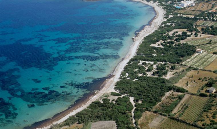Calasetta, il lungo arenile di Spiaggia Grande; The long beach of Spiaggia Grande, Calasetta