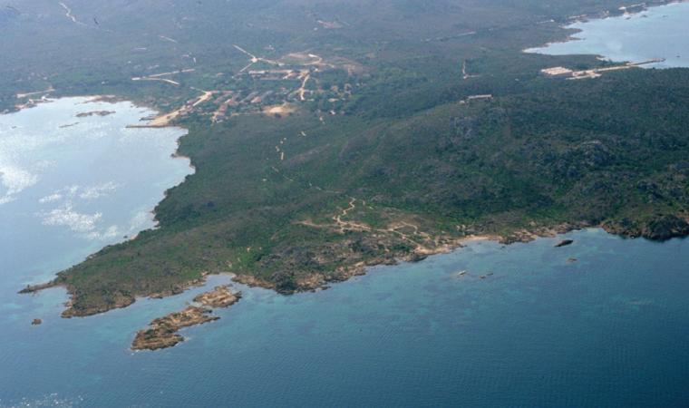 Caprera, veduta aerea della spiaggia di Stagnali; An aerial view of the beach of Stagnali, Caprera