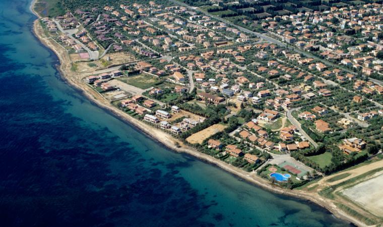 Capoterra, spiaggia di Torre degli Ulivi; The beach of Torre degli Ulivi, Capoterra