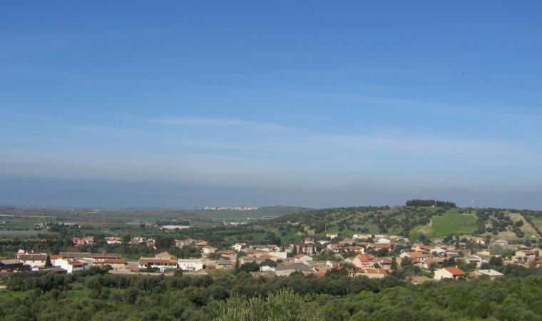 Masainas, panoramica del paese; A view of the village, Masainas