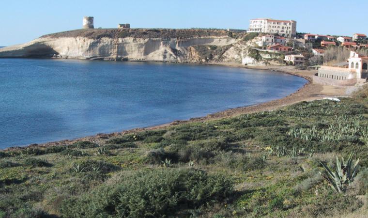 Cuglieri, la spiaggia di Santa Caterina di Pittinuri; The white cliffs of Santa Caterina di Pittinuri, Cuglieri