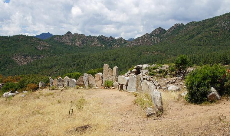 Tomba di Giganti di Osono - Triei