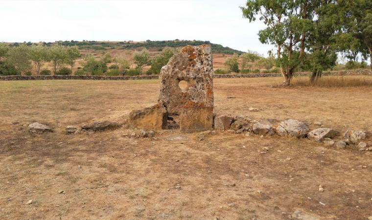Tomba di Giganti Su Cuaddu de Nixias