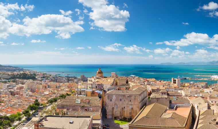 Cagliari dall'alto - vista dal centro storico