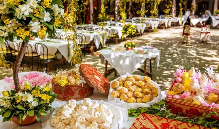 Tavole imbandite di dolci - Casa Atzeri - Maracalagonis