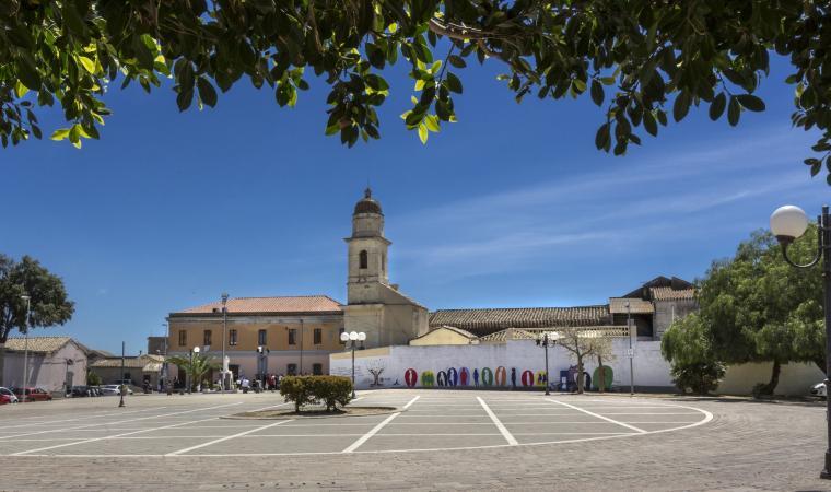 Piazza chiesa - Elmas