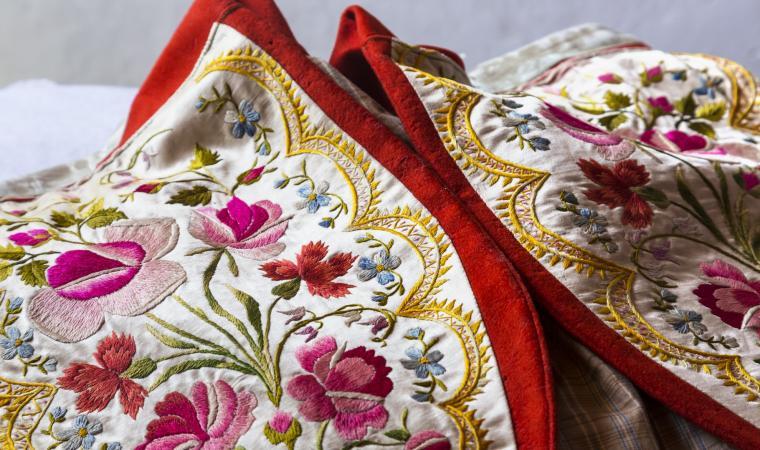 Dettagli abito tradizionale - Sennori