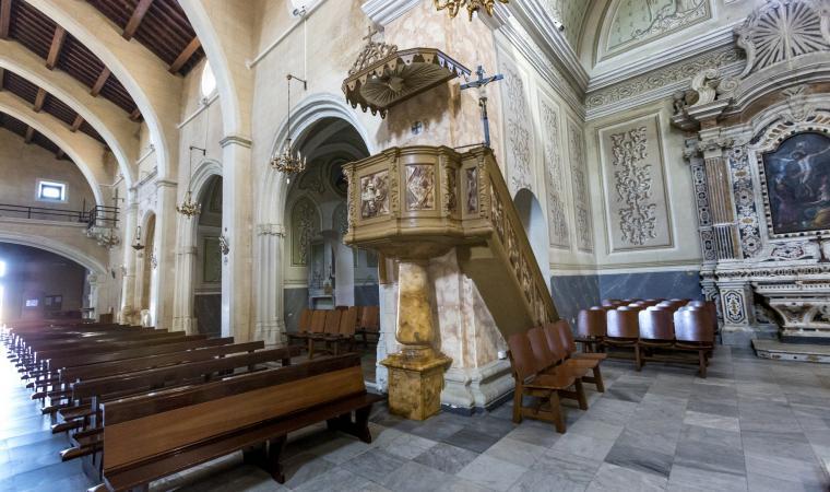 Chiesa di san Leonardo, interni - Serramanna