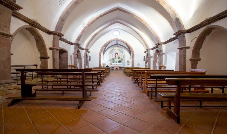 Chiesa nostra signora di Gonare, interno