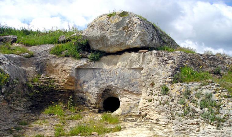Necropoli di Sa Figu - Ittiri