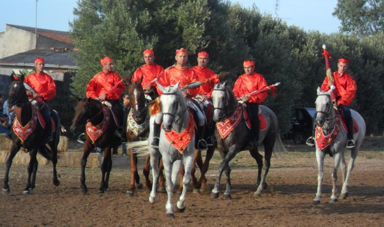 Cavalieri durante l'Ardia di san Costantino - Pozzomaggiore