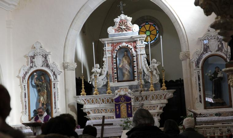 Chiesa di san Michele, interno - Collinas