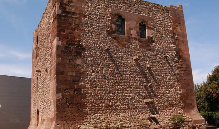 Ghilarza,_Torre_aragonese