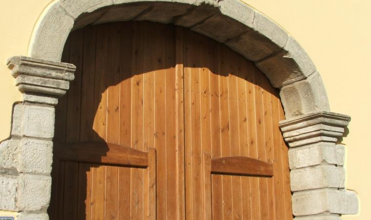 Antico portale  - Soleminis